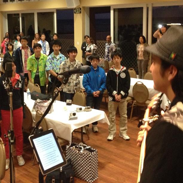 """From Thursday night (sorry so late, ah?!), we enjoyed 150 students from Shizuoka singing """"Aloha You ~ Kizuna!"""""""